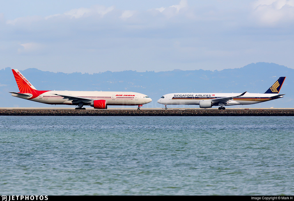 Air India 777 and Singapore Airlines A350 in San Francisco