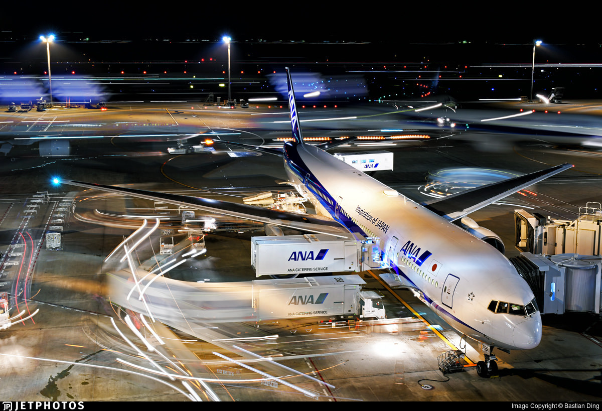 An ANA 777 at the gate in Tokyo