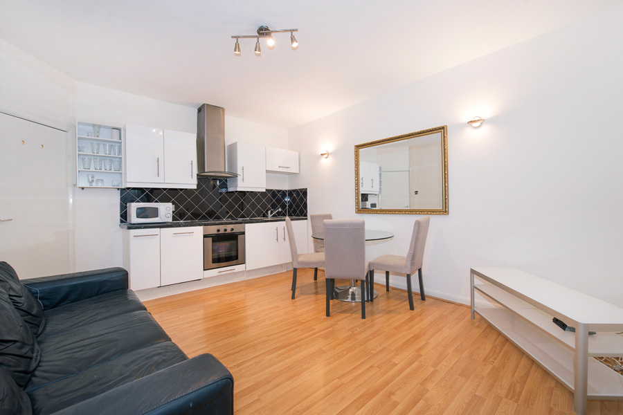 LEINSTER GARDENS, BAYSWATER, W2, £650 per week, 3 bedroom Apartment
