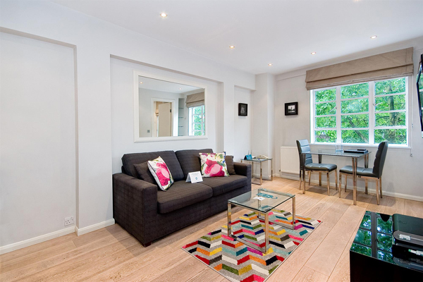 SLOANE AVENUE, CHELSEA, SW3 £775,000 Available 1 bedroom Apartment