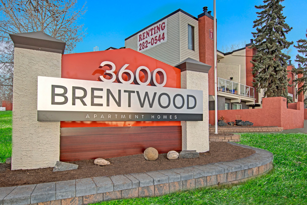 3600 Brentwood Apartment Homes Property Entrance Sign