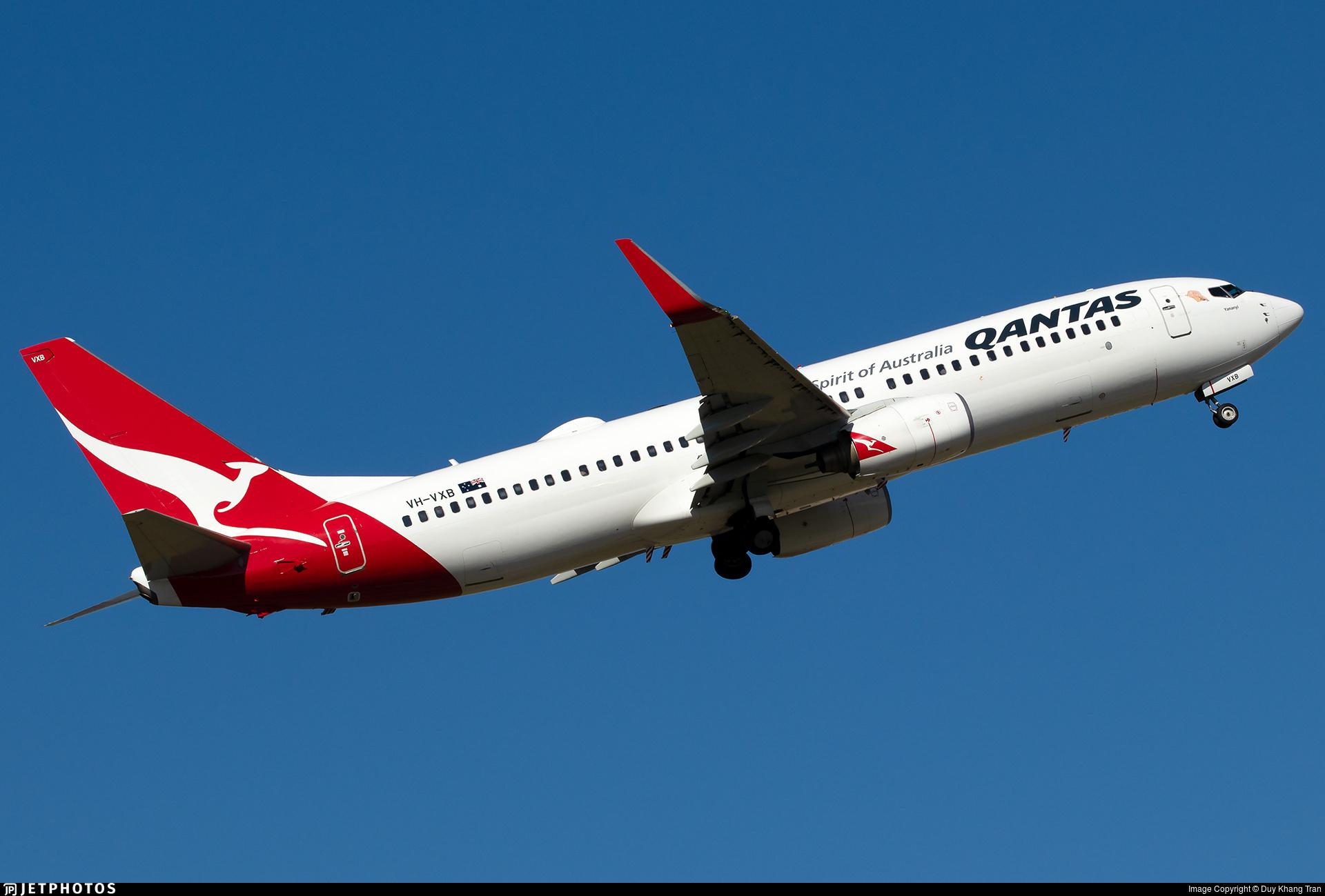 A Qantas 737