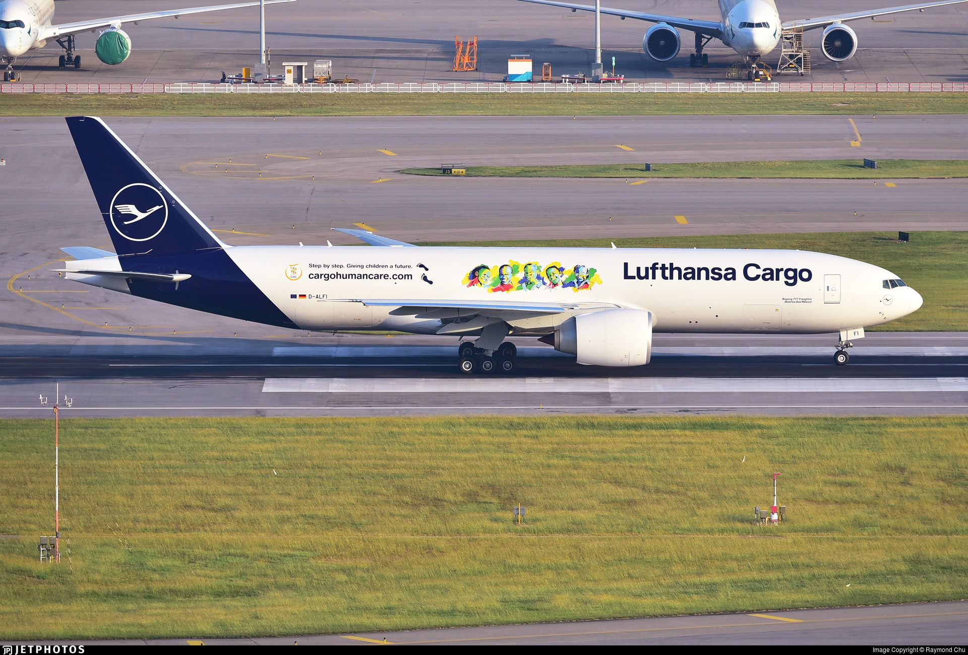 Lufthansa Cargo Human Care 777