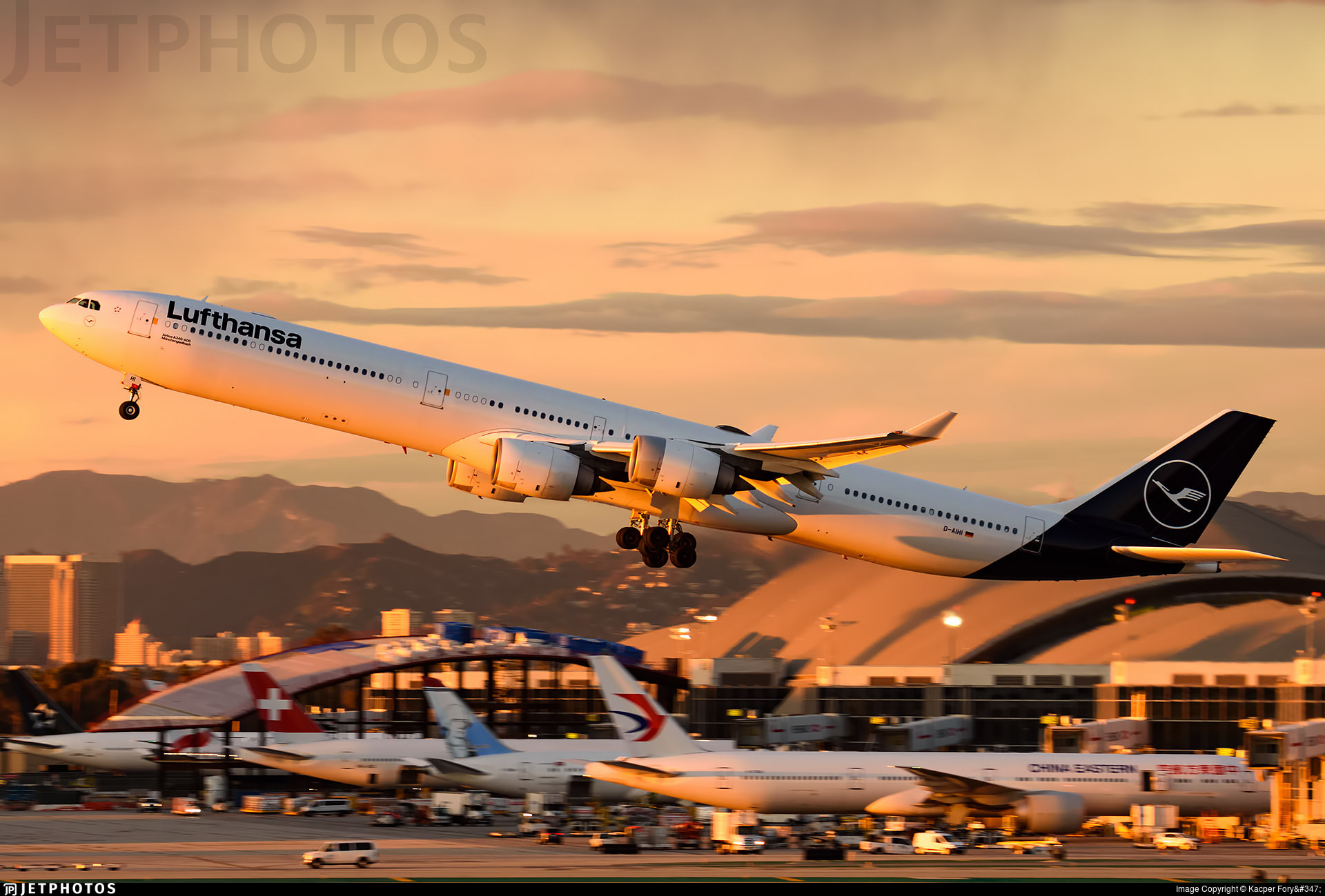 Lufthansa A340-600 departing Los Angeles