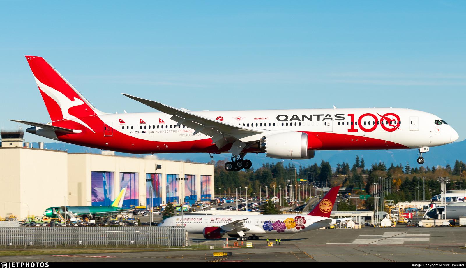 Qantas' 100th anniversary livery 787