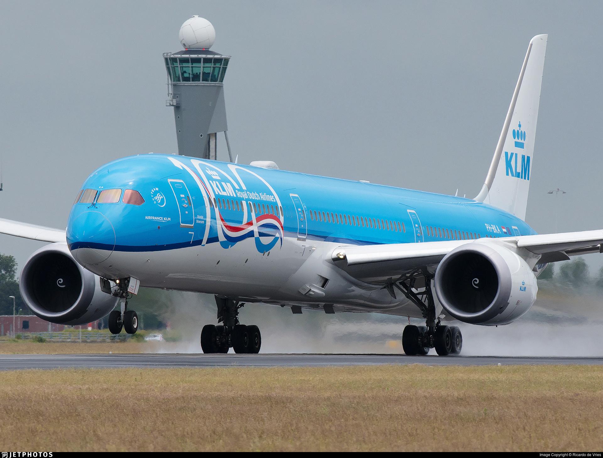 KLM's 100th anniversary 787