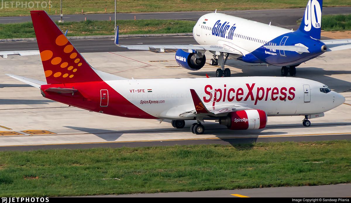 SpiceXpress and GoAir aircraft