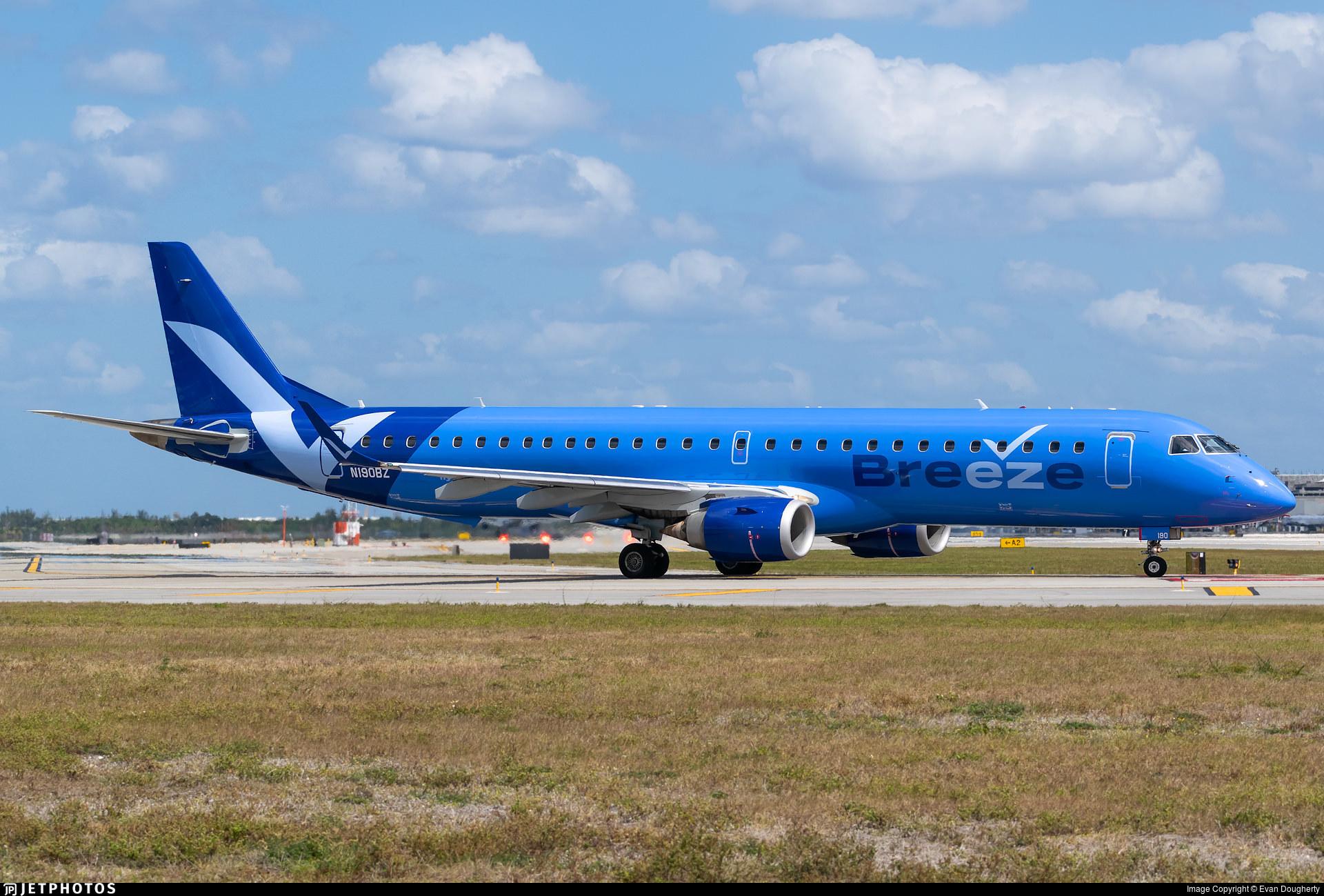 A Breeze Airways E190