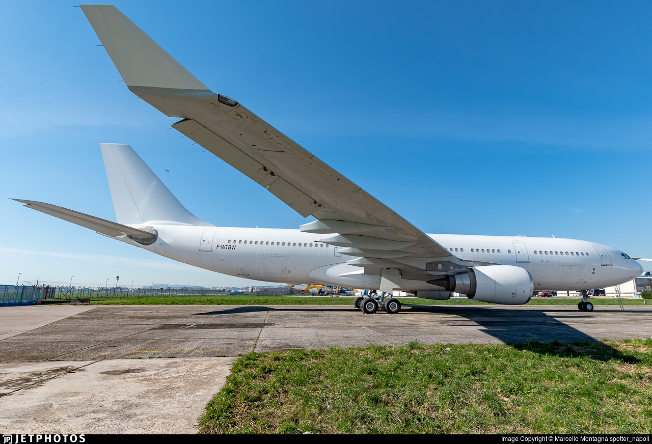 An all-white A330 awaiting placement with its next operator via lease