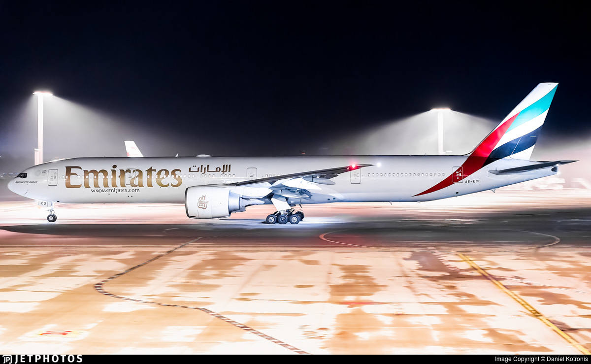 An Emirates 777 in Perth