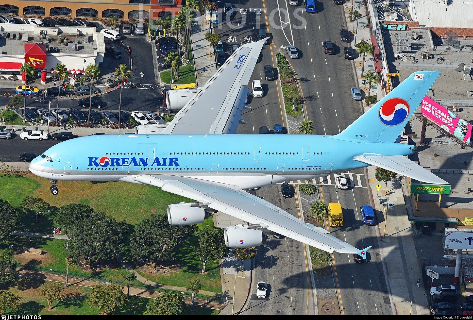 A Korean Air A380 landing in Los Angeles.