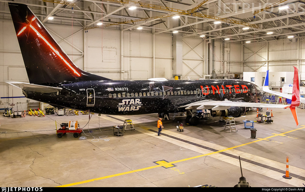 United's special Star Wars livery 737 inside the maintenance hangar in Cleveland