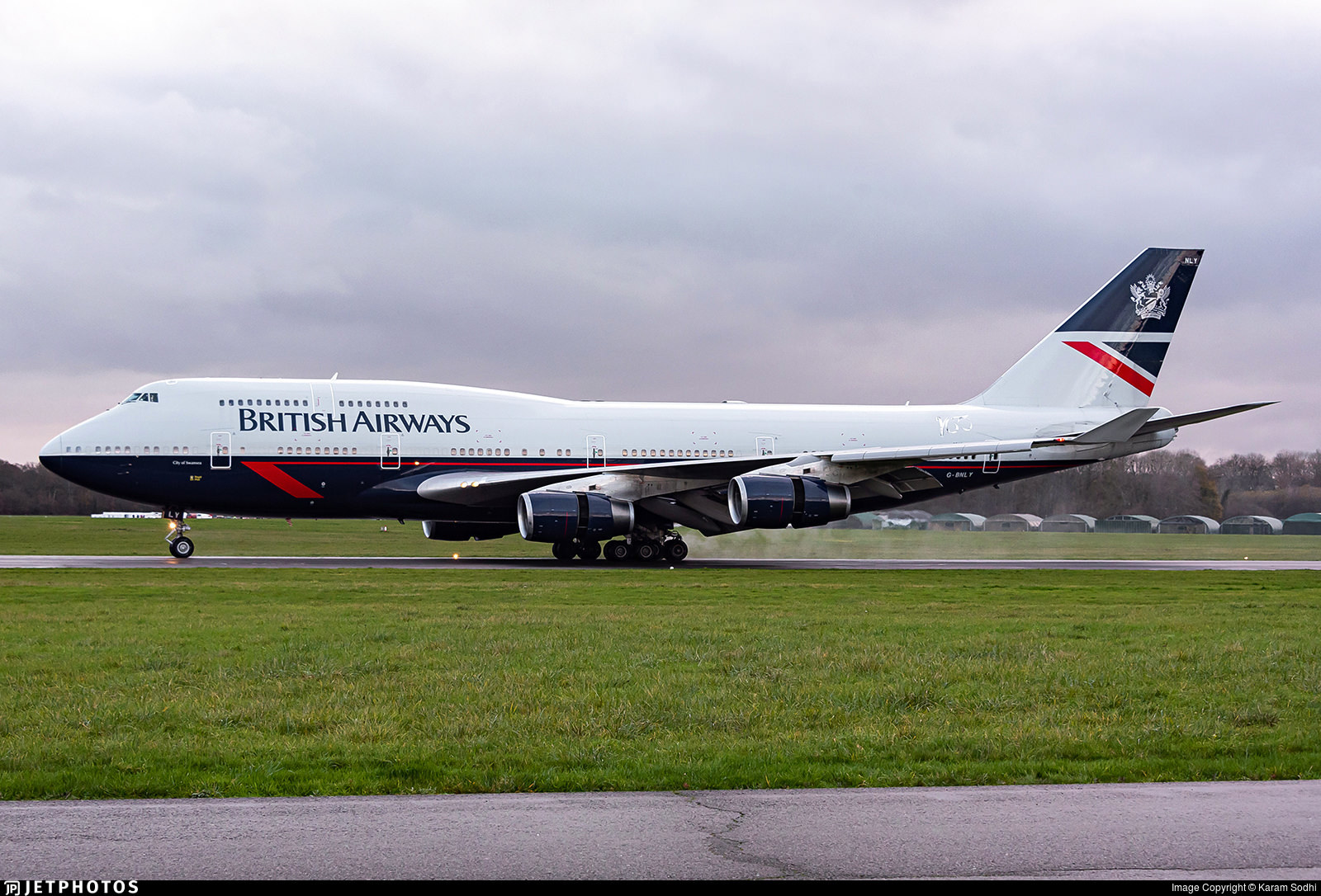British Airways 747 in Landor livery