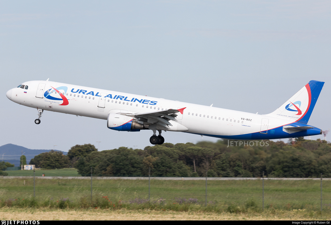 Ural Airlines A321 VQ-BOZ