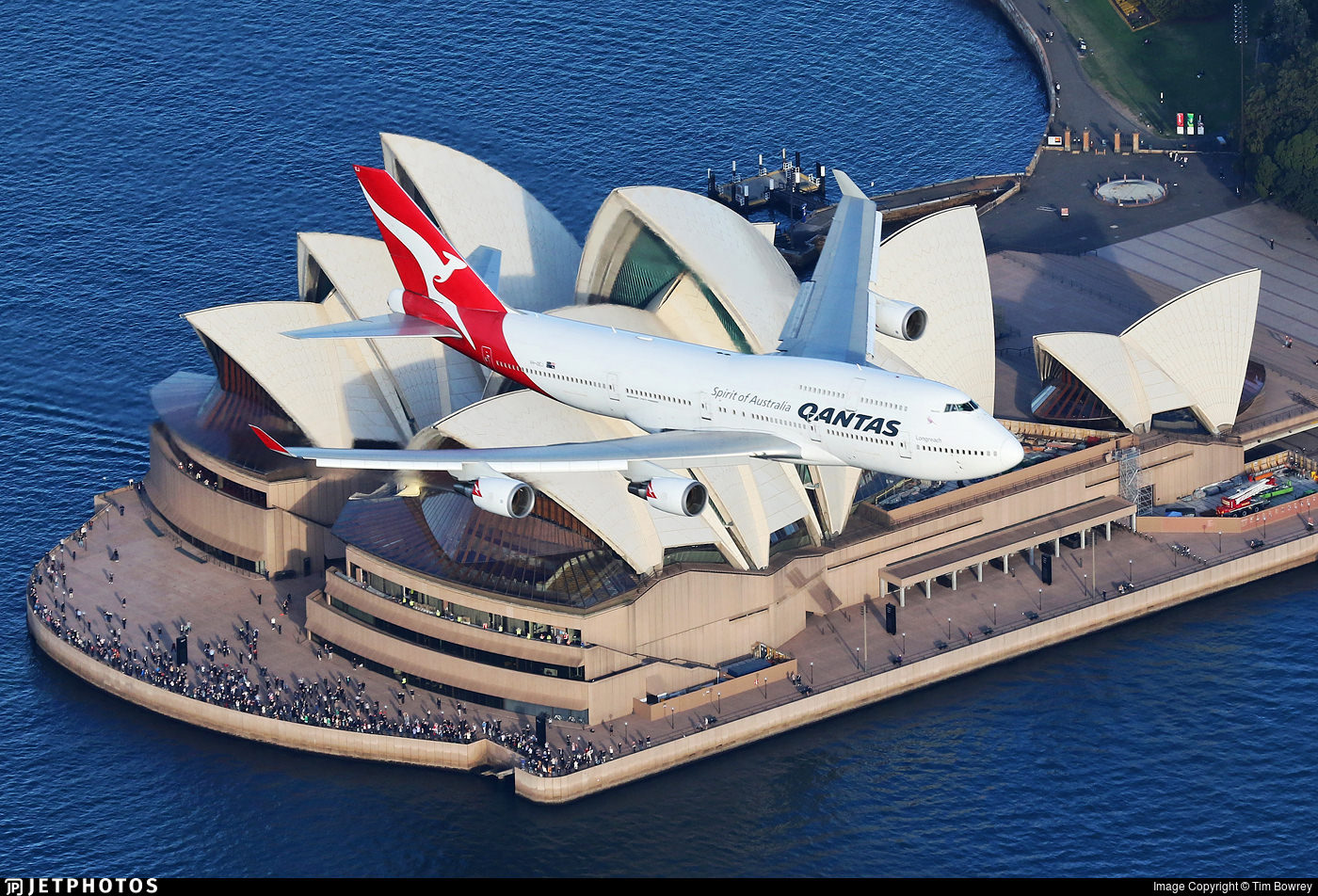 VH-OEJ over the Sydney Opera House