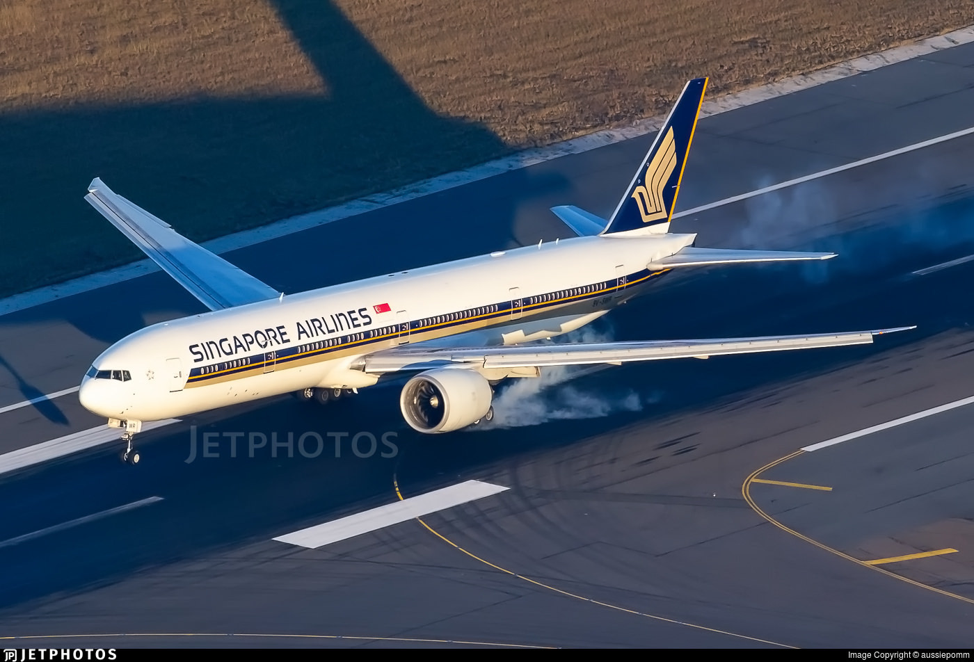 Singapore Airlines 777