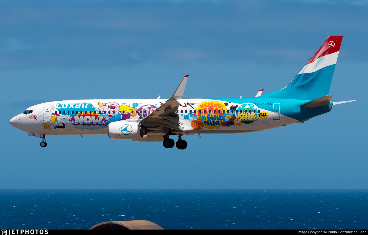 Luxair's new special livery 737