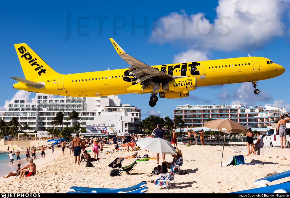 A Spirit Airlines A321 landing in St Maarten