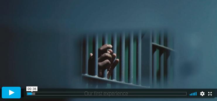 """Screen grab from video """"Vipassana, o caminho da libertação"""""""