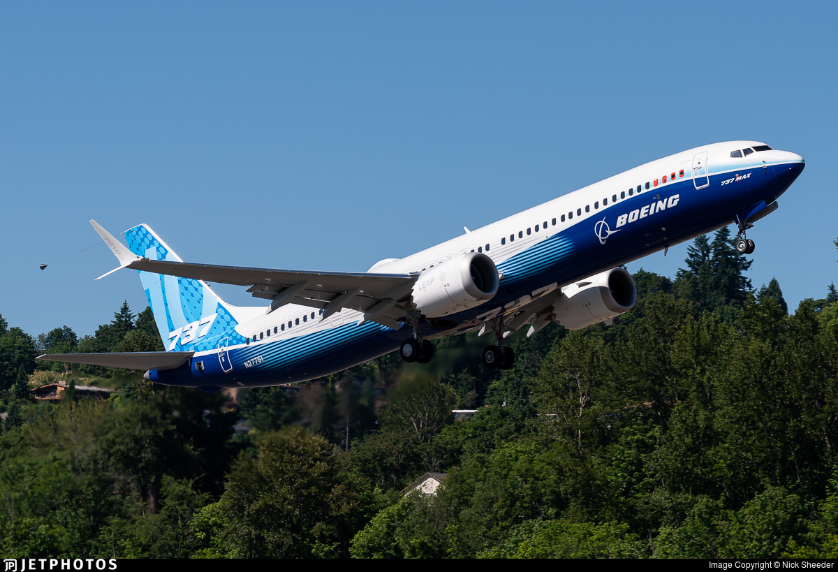 The 737-10 MAX departing on its first flight