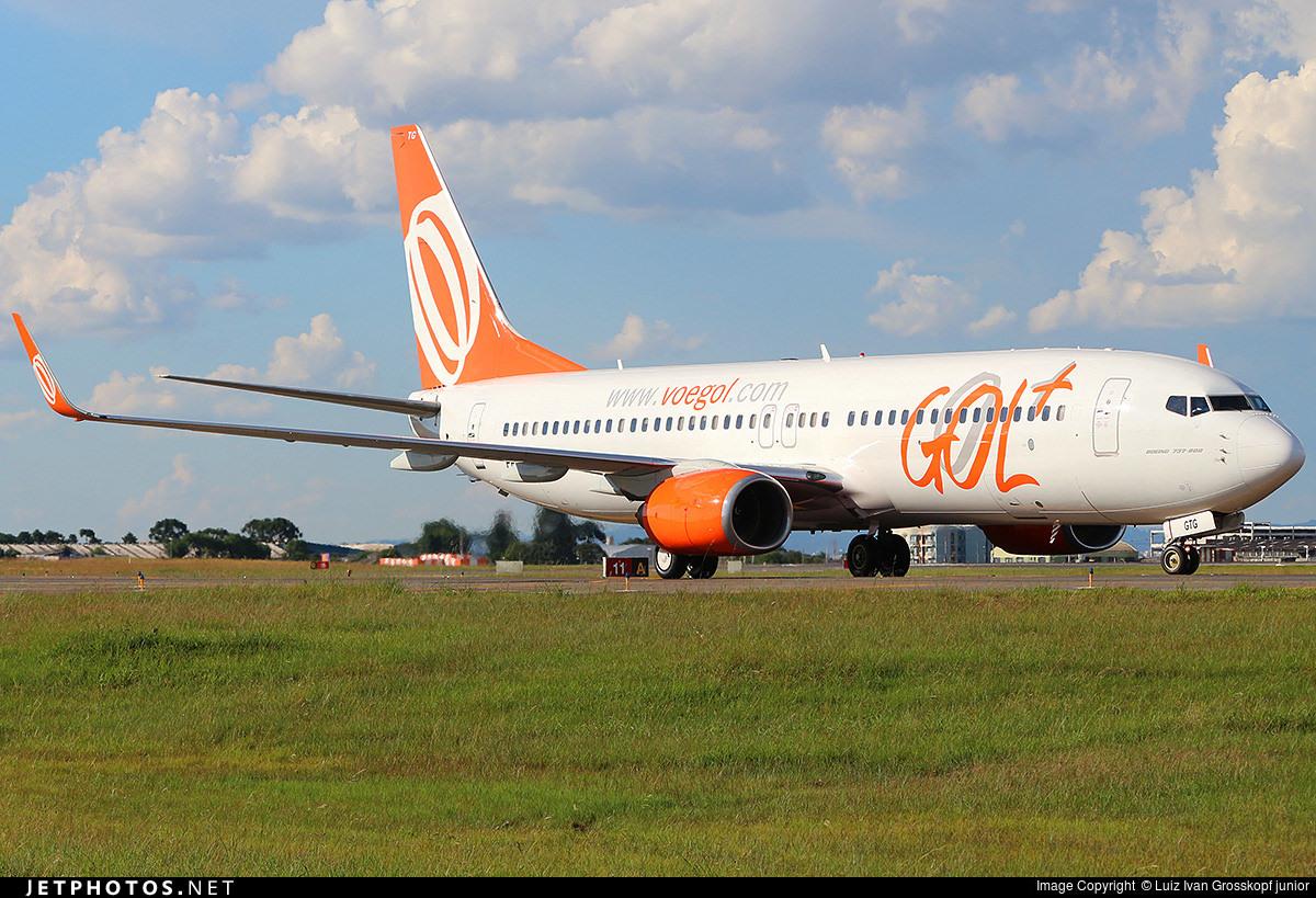 A GOL 737