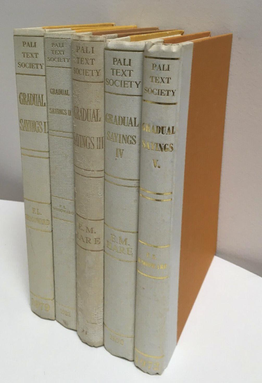 5 volumes Gradual Sayings
