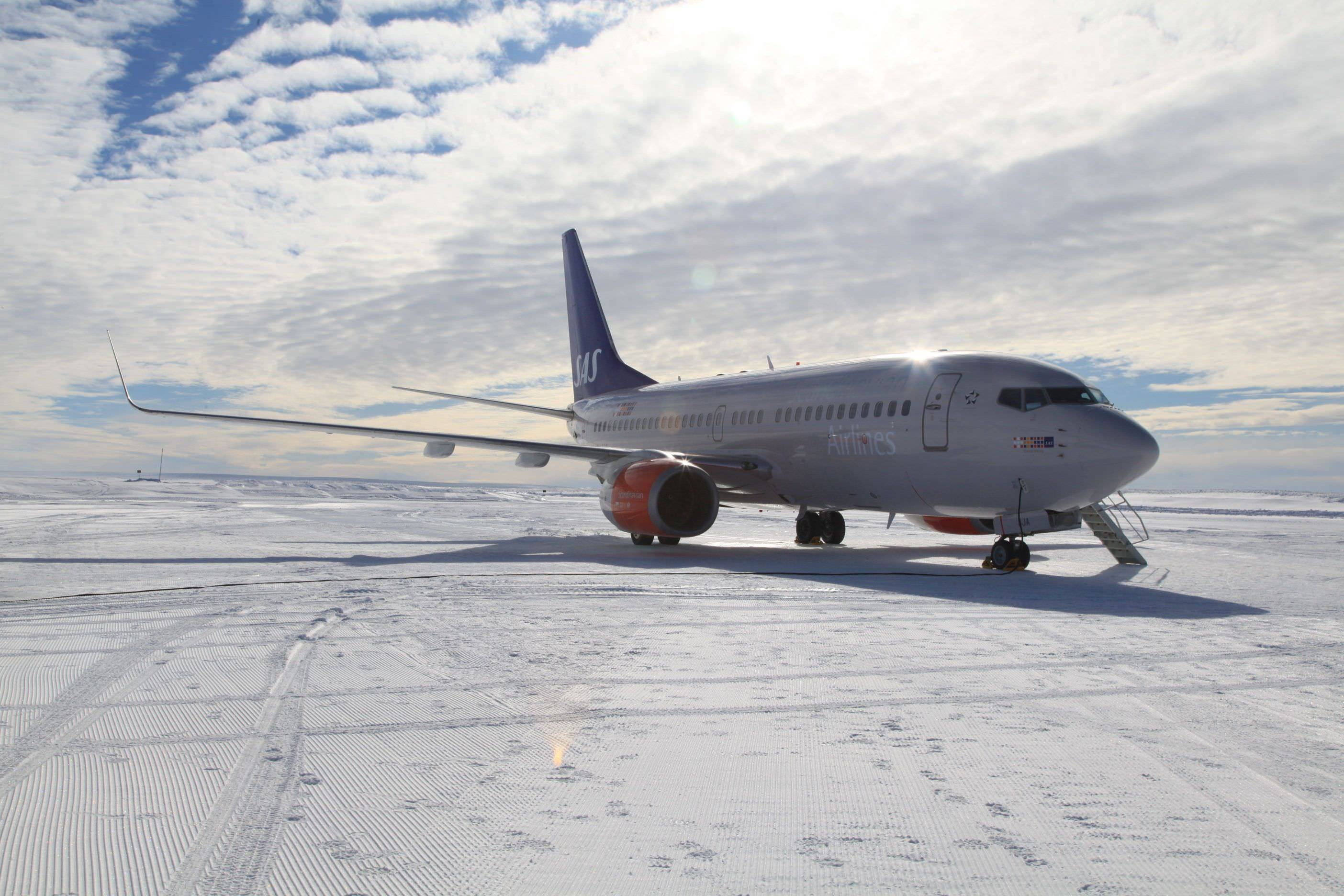 Privatair 737 in SAS livery at Troll Research Station in Antarctica